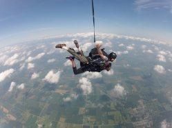 Angenette skydiving